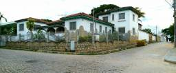Casa com 9 quartos Em Almenara MG área nobre
