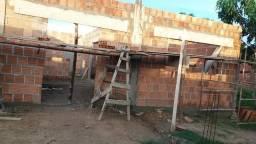 Vendo ou troco casa em construção em Itamaraju