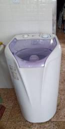 Lavadora de roupas 7 kilos Eletrolux turbo compacta modelo LTC 07