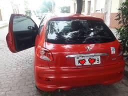 Vende Peugeot 207 2012