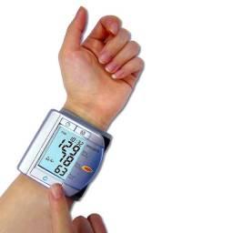 Aparelho De Pressão Digital Medidor Pulso Microlife Bp W100