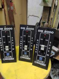 Controlador de potência para lâmpadas