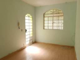 Casa para alugar com 3 dormitórios em Caiçara, Belo horizonte cod:3370