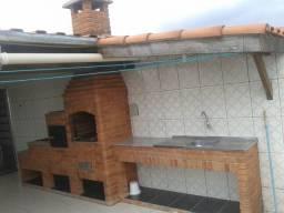 Alugo casa com 2 Dormitórios em Itaquaquecetuba