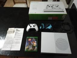 Xbox one s 3 meses de uso R$ 1.800.00