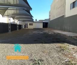 Alugo terreno p/ estacionamento com casa