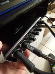 Placa Audio Behringer UMC 202HD