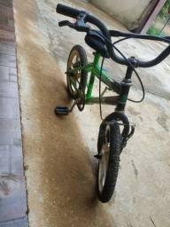 Vendo bicicleta infantil por 80 reais