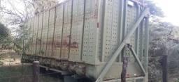 Carroceria de cana picada canavieira para caminhão volvo marca galego R$ 8.000