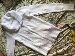 casaco e blusa novas