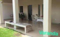 Ótima casa no Cond. Jardim Haydea III na Av. Djalma Batista - 02sts - R$ 3.500