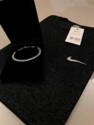 Kit camisa + pulseira banhada a prata