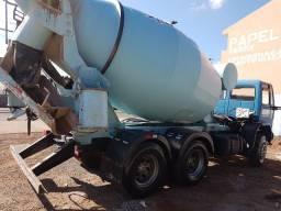 Locação mensal caminhão betoneira