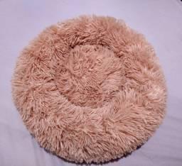 Cama fluffy para gato/cachorro (porte pequeno) cor rosa. Nova