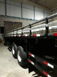 Vende-se uma carroceria de um fuscão. Medida: 8.40m por 2.40m com 4 costelas de ferro nova