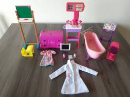 Kit banheiro, escola e medico para Barbie original