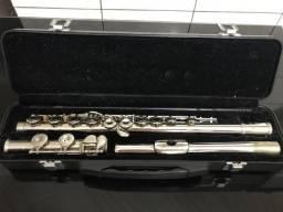 Flauta Transversal Eagle Niquelada (Dó) + 1 Estante para partituras
