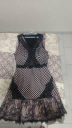 Vendo 2 vestidos de festa usados apenas 1vez