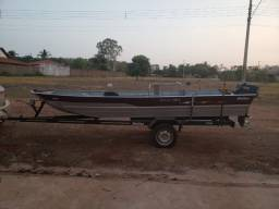 Barco ,motor e carreta conservadissimo