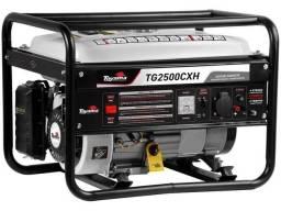 Gerador de Energia a Gasolina Toyama Monofásico - 4T Partida Manual 2,5KVA TG2500CXH<br><br>