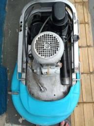 Lavadora de piso alfa Mat 220. Vts