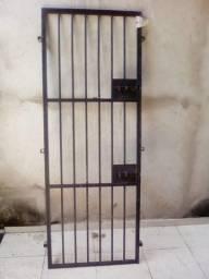 Portão feito de metalon