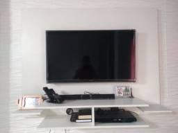 Painel para tv em ótimas condições.