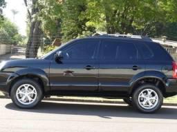 Oportunidade Tucson automática km baixa 4 pneus novos