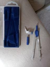 Compasso de Metal com Perna Articulada, Staedtler, 558 01, + Acessórios