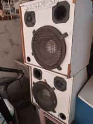 2 caixas de som com auto falante de 12 150 watts em perfeito estado