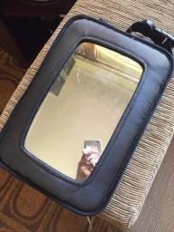 Espelho para visualizar crianças no carro