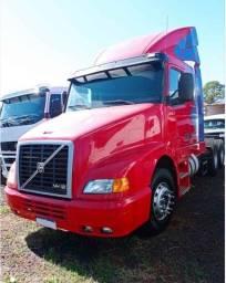 Caminhão Nh12 380 top