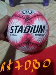 Bolas de futsal novas Aparti de R$70