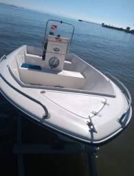 Barco modelo Floripa 14