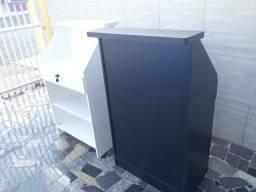 Balcão  caixa  em MDF com gaveta e  chave   R$450,00