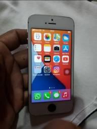 Iphone SE 32 GB (troco por aliança em ouro)