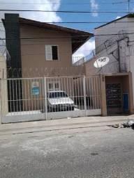 Apartamento com 1 dormitório para alugar, 30 m² por R$ 459,00/mês - Maraponga - Fortaleza/