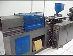 Injetora de plástico Arburg, automática com CLP, injeta peças até 160 gms