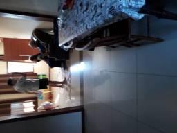 Sobrado 05 dormitórios, 245 m2,03 banheiros e 03 vagas