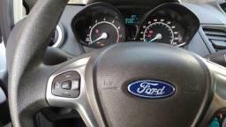 Vendo Ford Fiesta - 2015