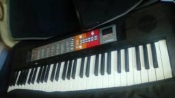 Teclado Yamaha psr50