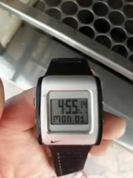 Relógio Nike digital modelo wc0037 usado bom estado 150.00