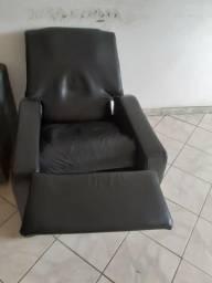 Um bom sofá do pai, em otmas condiçoes de uso