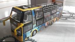 Vende - se ônibus Turismo