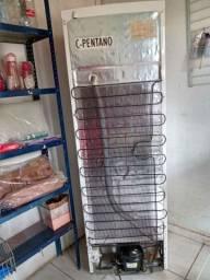 Freezer semi novo com 6 mes de uso.