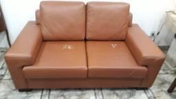 Sofá e cadeiras de aproximação