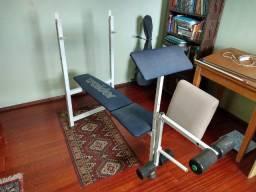 Mesa de supino (reto e inclinado) com dispositivo p/ extensão e flexão perna e biceps