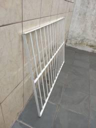 Grade p janela barra chata medida larg 0.98x comp 1.49