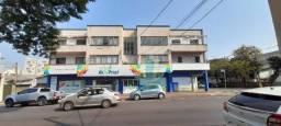 Apartamento com 3 dormitórios para alugar com 114 m² por R$ 1.250/mês no Centro em Foz do