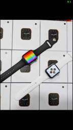 Smartwatch W26 com pulseira de brinde